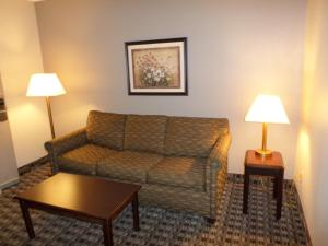 Ramada by Wyndham Canton/Hall of Fame, Hotels  Canton - big - 18