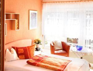 Landhotel Schönblick, Hotels  Bad Herrenalb - big - 4