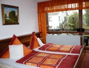 Landhotel Schönblick, Hotels  Bad Herrenalb - big - 3