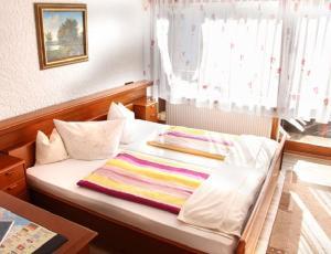 Landhotel Schönblick, Hotels  Bad Herrenalb - big - 13