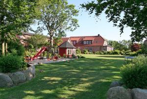 Ferienhof Kähler, Дома для отпуска  Fehmarn - big - 12