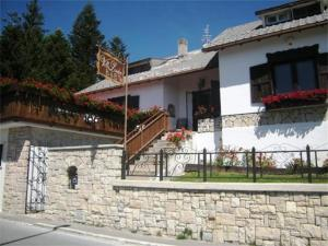 Villa Lauden, Bed & Breakfast  Rivisondoli - big - 1