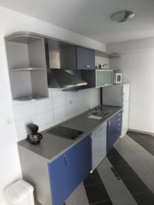 Residence Lavanda, Apartmány  Umag - big - 13