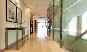 Leflet Valme, Hotels  Dos Hermanas - big - 11