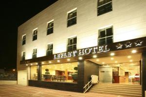 Leflet Valme, Hotels  Dos Hermanas - big - 13