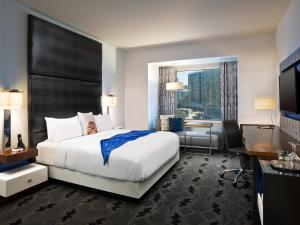 Wonderful Room with King Bed