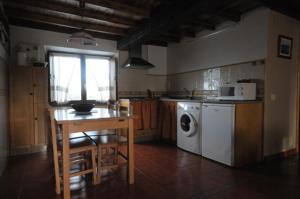 Apartamentos Rurales Romallande, Kúriák  Puerto de Vega - big - 6