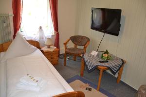 Hotel Mühleneck, Hotely  Hage - big - 12