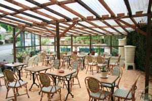 Auberge Saint Martin, Hotels  Saint-Martin-Terressus - big - 12