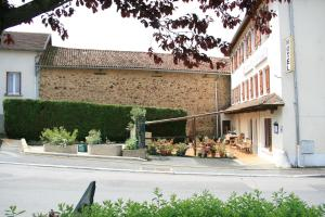 Auberge Saint Martin, Hotels  Saint-Martin-Terressus - big - 10