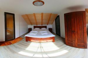 Pension Casa Cartianu, Гостевые дома  Тыргу-Жиу - big - 6