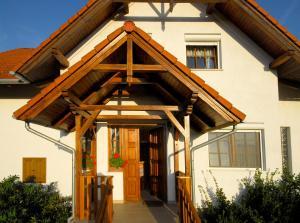Sziklakert Vendégház, Holiday homes  Őriszentpéter - big - 12
