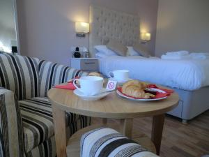Coombe Dale Accommodation, Bed & Breakfast  Lulsgate Bottom - big - 7