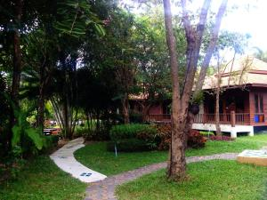 San Kam Phaeng Lake View Resort, Курортные отели  San Kamphaeng - big - 43