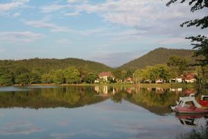 San Kam Phaeng Lake View Resort, Курортные отели  San Kamphaeng - big - 42