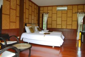 San Kam Phaeng Lake View Resort, Курортные отели  San Kamphaeng - big - 4