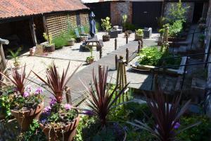 The Barns, Bed & Breakfast  Cromer - big - 28
