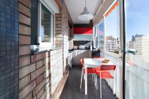 Three-Bedroom Apartment with Terrace - Numancia, 84 5º2ª
