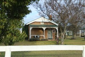 Old School House B&B Mudgee, Country houses  Mudgee - big - 3