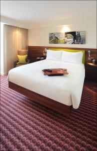 Hampton by Hilton Luton Airport (3 of 24)
