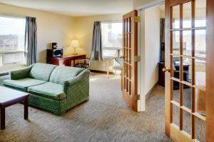 Travelodge Sudbury, Hotely  Sudbury - big - 7