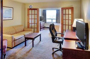 Travelodge Sudbury, Hotely  Sudbury - big - 8