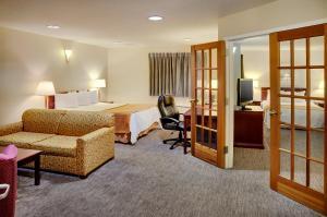 Travelodge Sudbury, Hotely  Sudbury - big - 19