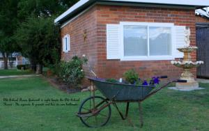 Old School House B&B Mudgee, Country houses  Mudgee - big - 2