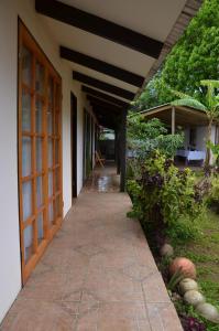 Korina's Guesthouse, Гостевые дома  Ханга-Роа - big - 33