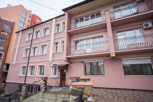 Hotel Complex Uhnovych, Hotely  Ternopil' - big - 29