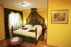 Hotel Pasike, Отели  Трогир - big - 46