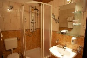 Hotel Pasike, Отели  Трогир - big - 51
