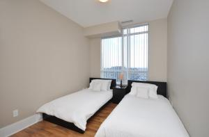 Whitehall Suites - Mississauga Furnished Apartments, Apartments  Mississauga - big - 17