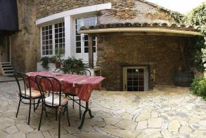 Le Jardin de la Sals (Ecluse au Soleil), Bed & Breakfasts  Sougraigne - big - 32