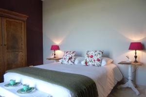 La Maison Forte, Bed & Breakfast  Montaut - big - 27