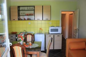 Green Apartments, Apartmány  Tivat - big - 27