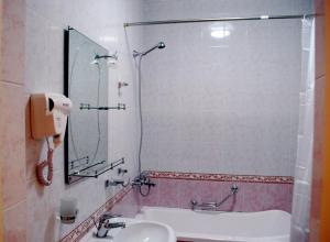 Jahon Palace, Hotely  Samarkand - big - 5
