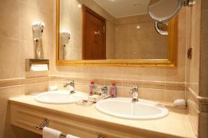 Parus Hotel, Hotely  Khabarovsk - big - 18