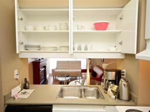 Canada Suites on Bay, Ferienwohnungen  Toronto - big - 10