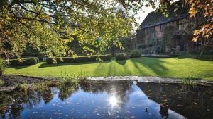 Langshott Manor (3 of 33)