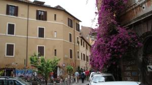 B&B Ventisei Scalini A Trastevere - abcRoma.com
