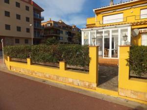 J&V S. Bahía, Ferienwohnungen  Empuriabrava - big - 9