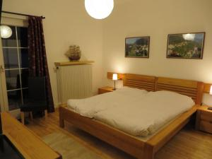 Haus Erika, Bed & Breakfast  Bad Gastein - big - 4
