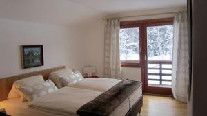 Chalet Berghof, Chalets  Seefeld in Tirol - big - 25