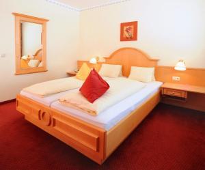 Ski in Ski out Hotel Unterellmau, Hotely  Saalbach Hinterglemm - big - 6