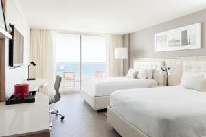 Deluxe Double Room with Ocean Front and Balcony