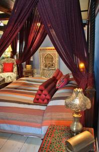 Moroccan King Suite