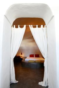 Santorini Heritage Villas, Vily  Megalokhori - big - 118