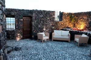 Santorini Heritage Villas, Vily  Megalokhori - big - 34