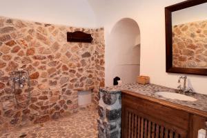 Santorini Heritage Villas, Vily  Megalokhori - big - 37